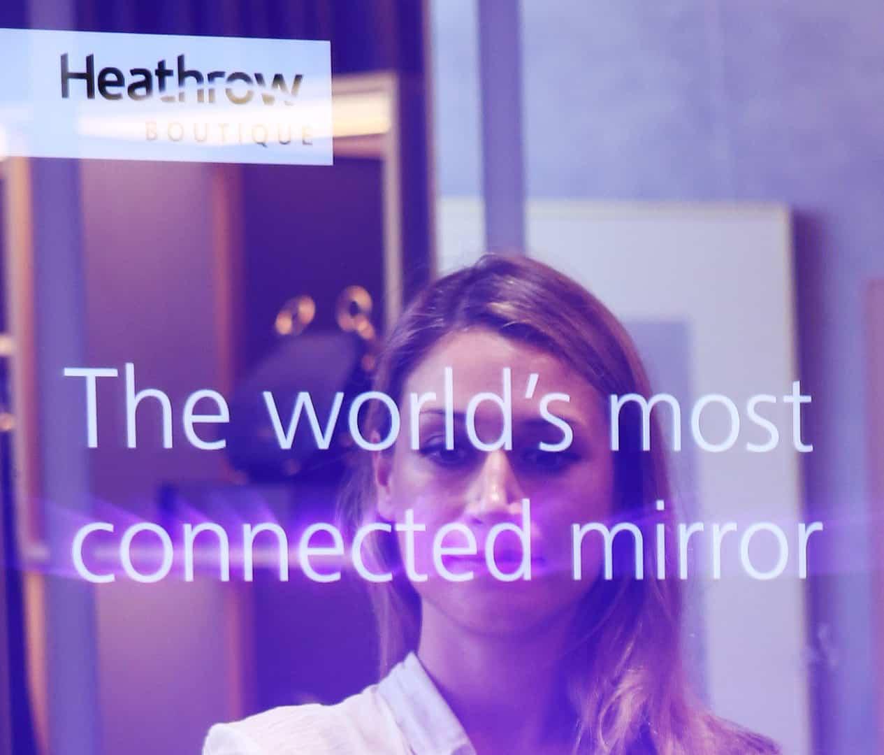 Social Retail Mirror